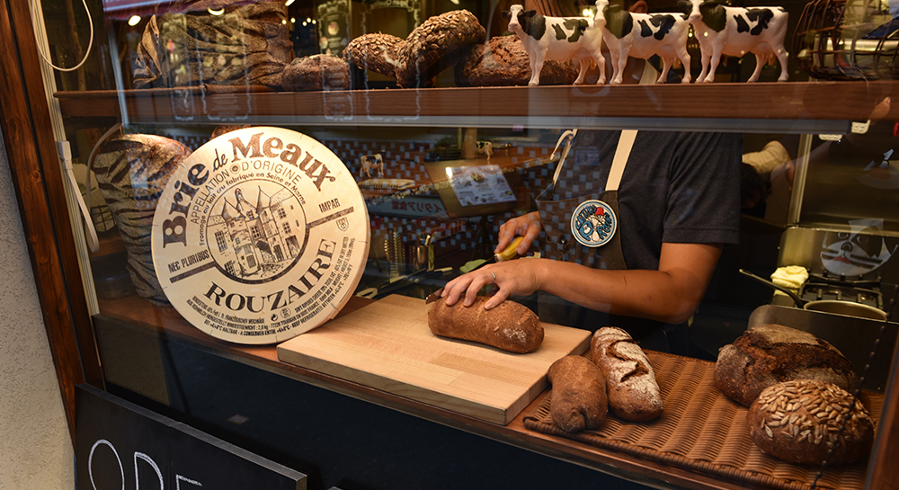 チーズとパン「ラッテリア・ポルチーニ」イメージ